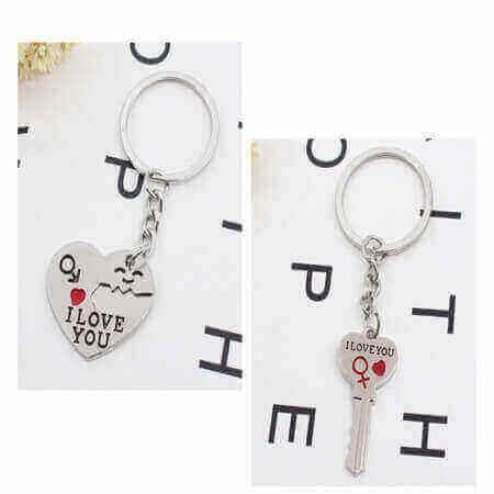 custom personalized couple keychain couple keyrings low minimum wholesale China