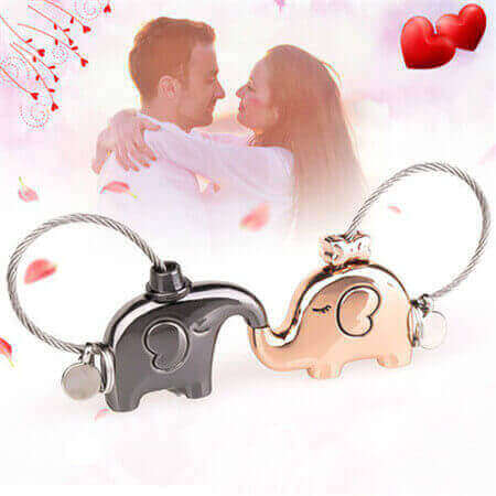 custom personalized kissing elephants keychain couples keyrings Valentines' gifts bulk wholesale in China