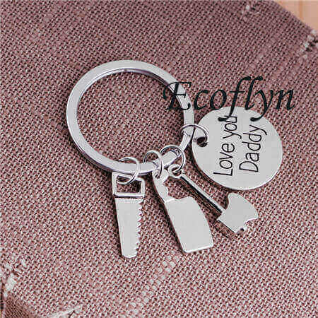 custom personalized new dad keychain father keychain low minimum bulk wholesale in China