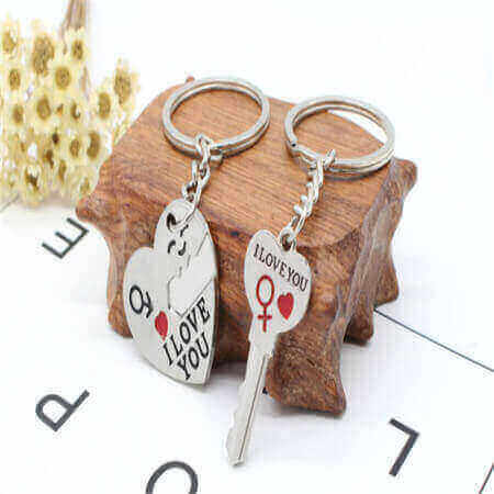 customized couple keychain matching keychains for couples sample in stock low minimum wholesale supply in China