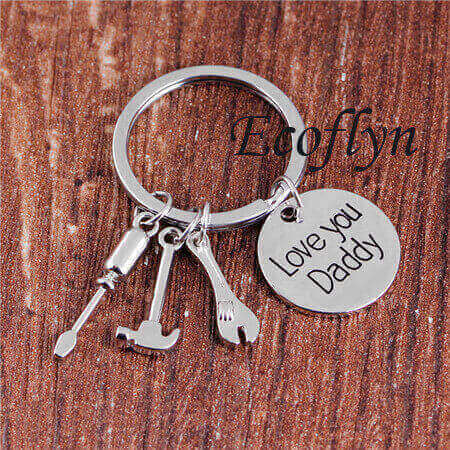 personalized dad keychain daddy keyring in bulk wholesale low minimum supply in China